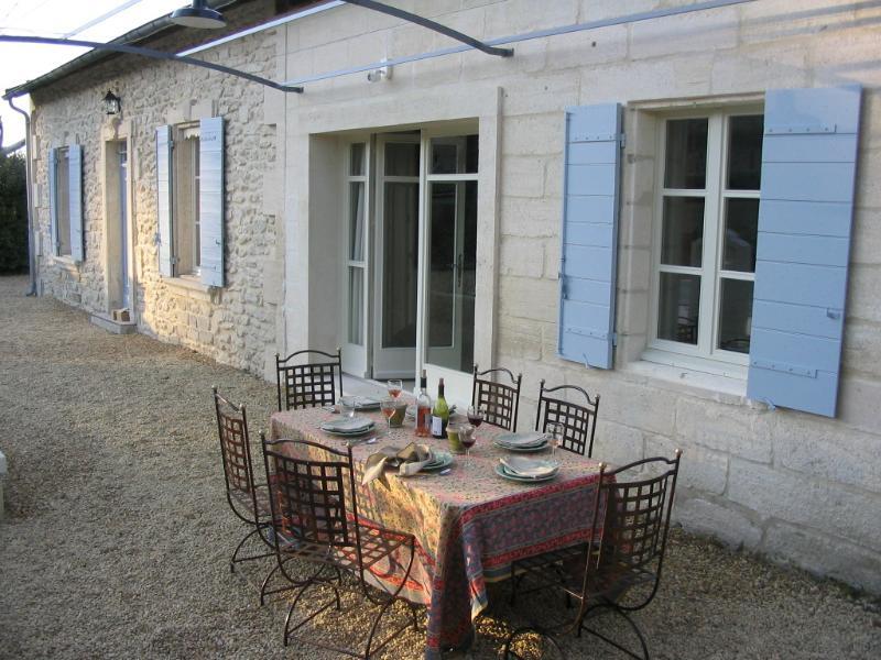 Private Provence Villa - Villa Vincent - Image 1 - Saint-Remy-de-Provence - rentals