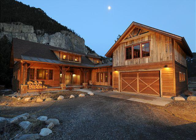Crooked Canyon Lodge - Image 1 - Gallatin Gateway - rentals