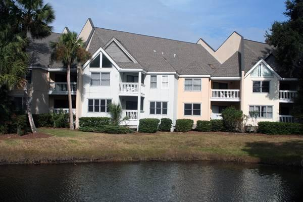 Colonnade Club 196 - Image 1 - Hilton Head - rentals