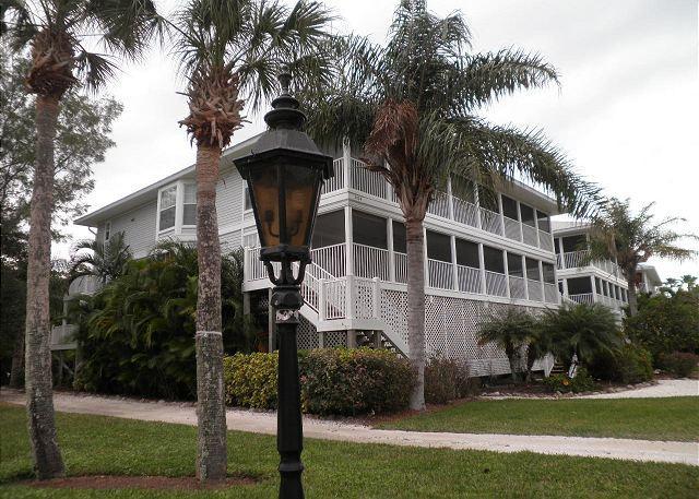 Bayview Villa at Palm Island Resort with All Resort Amenities - Image 1 - Cape Haze - rentals