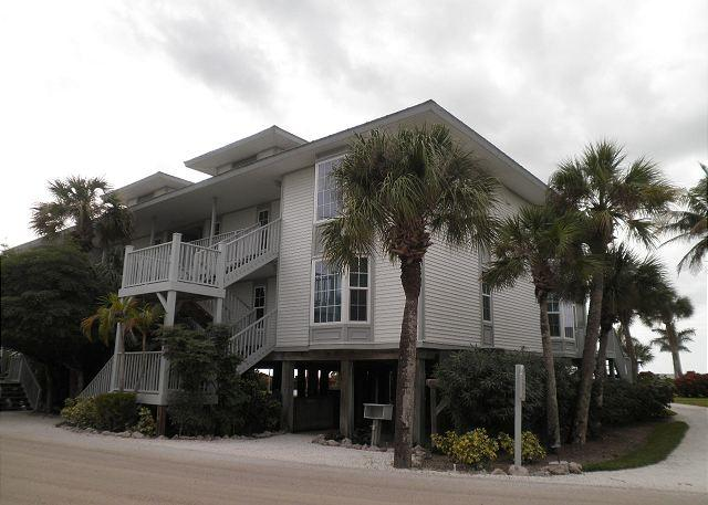 Beach & Pool Villa with All Resort Amenities - Image 1 - Cape Haze - rentals