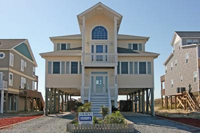 Street side view of Island Dream - 'Island Dream - North Topsail Beach - rentals