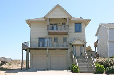 Street side view of 3744 Island Drive - Island Drive 3744 - North Topsail Beach - rentals