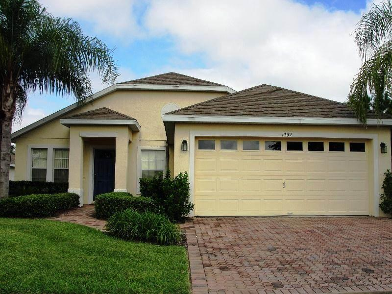 Prestigious 4BR connected TO ALL Orlando attractions - NHD1332 - Image 1 - Davenport - rentals