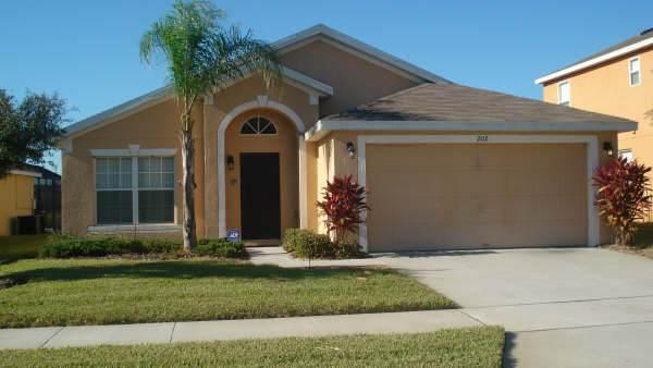 Perfectly located 5BR near major theme parks - SBC202 - Image 1 - Davenport - rentals