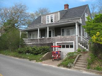 Lovely 6 Bedroom-3 Bathroom House in Nantucket (3559) - Image 1 - Nantucket - rentals
