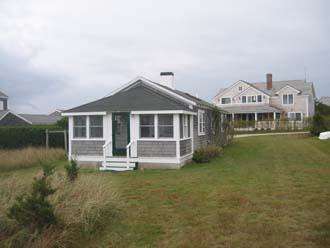Charming House with 2 Bedroom & 1 Bathroom in Nantucket (3646) - Image 1 - Nantucket - rentals
