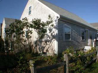 Fabulous House with 4 Bedroom, 3 Bathroom in Nantucket (8412) - Image 1 - Nantucket - rentals