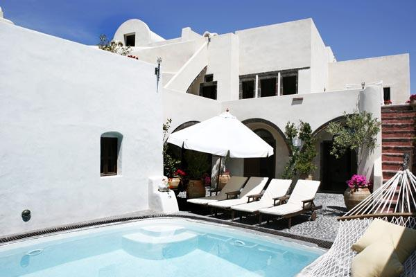 Two spacious, self-contained units with a shared pool. Sensually decorated with hand- picked antiques. VMS MAN - Image 1 - Santorini - rentals