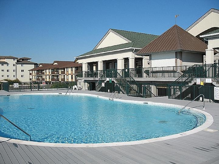 Islander Villas pool at The Isles Restaurant - Islander Villas OSB 156-C Andrus/Williams - Ocean Isle Beach - rentals