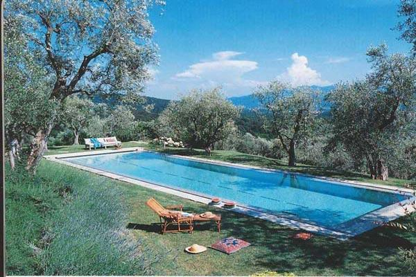 Walk to the town of Lucca from this 18th century farmhouse on 40 acres. BRV SAN - Image 1 - Lucca - rentals