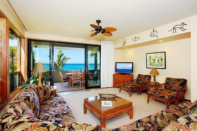 Ocean Front Prime 3 Bedroom Luxury Condo Unit 19 - Image 1 - Lahaina - rentals