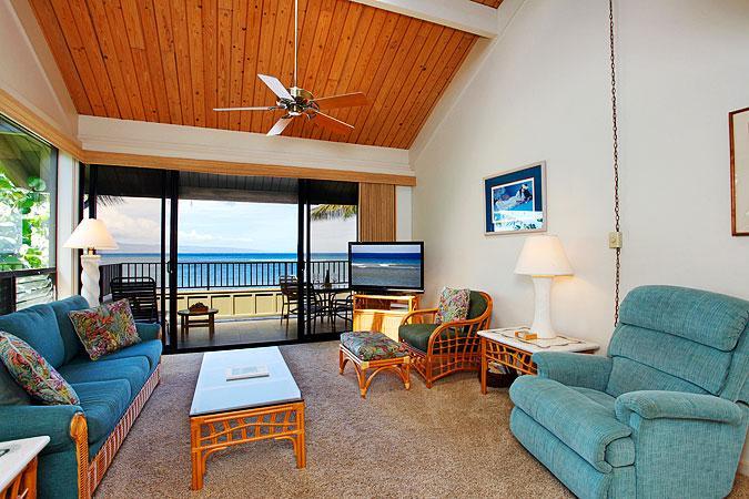Ocean Front Prime 2 Bedroom Delux Condo Unit 26 - Image 1 - Lahaina - rentals