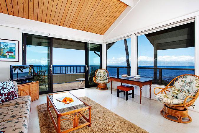 Ocean Front Prime 2 Bedroom Deluxe Condo Unit 29 - Image 1 - Lahaina - rentals