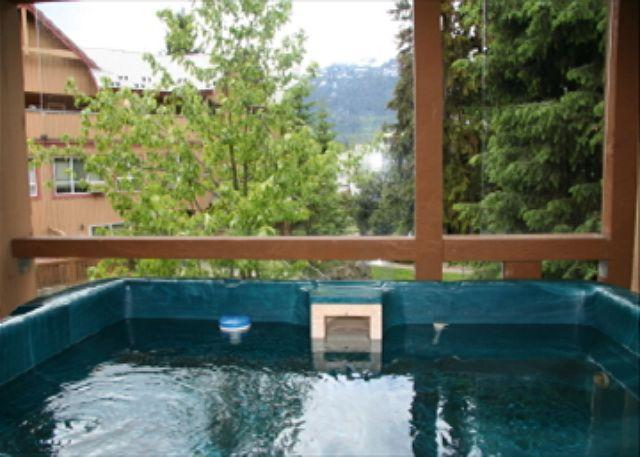 Private Hot Tub - 103 Glaciers Reach, a 2br home with a hot tub & pool in Whistler Village - Whistler - rentals