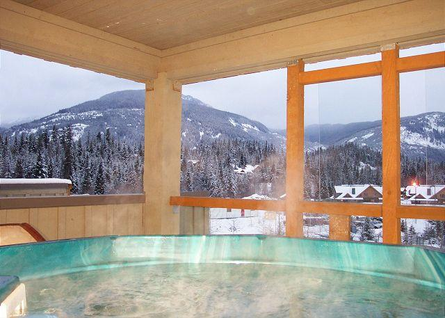 65 Glaciers Reach this 1br home has a hot tub & pool in Whistler Village - Image 1 - Whistler - rentals