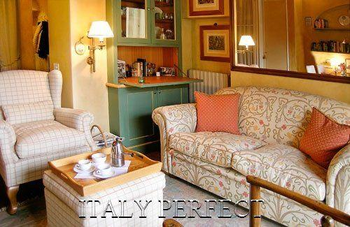 Perfect Honeymoon-Ultra-Romantic-Balcony-Anna - Image 1 - Florence - rentals