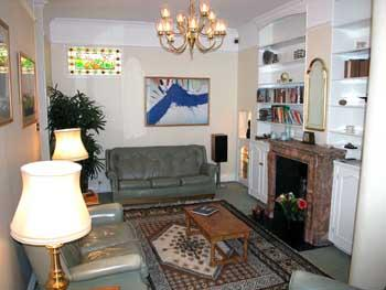 WSM - Charming 2 BR Mews House in Warwick Square - Image 1 - London - rentals