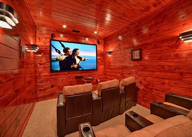 Luxury 3 Bedroom Gatlinburg Cabin with Home Theater Room and Sauna Room - Image 1 - Gatlinburg - rentals
