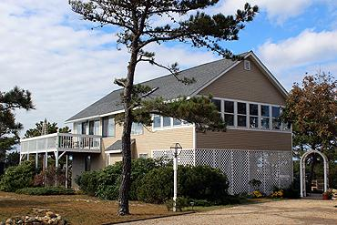 479 - ENJOY WATERVIEWS AND WALK TO THE BEACH FROM THIS LOVELY HOME. - Image 1 - Edgartown - rentals