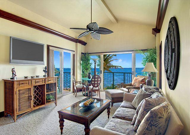 A402 WOW Beach FRONT - A402 Ocean FRONT* Penthouse & FAST wifi - Kapaa - rentals