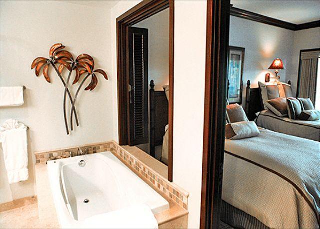 Bathroom and Bedroom - Top Floor VALUE!! 3 beds** Call NOW**  Mountain views - Kapaa - rentals