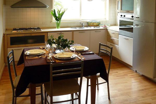 Cozy Studio Apartment Rental in Florence - Image 1 - Florence - rentals