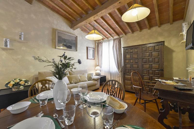 Servi - Windows on Italy - Image 1 - Florence - rentals