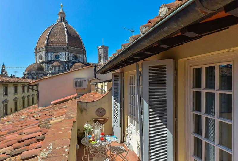 Servi Terrace - Windows on Italy - Image 1 - Florence - rentals