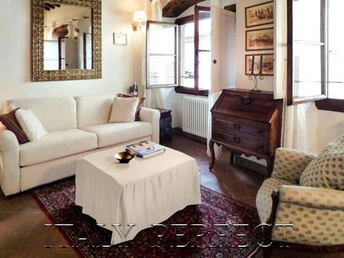 Perfect-Charming-Value & Location-A/C-Sunny Olivia - Image 1 - Florence - rentals
