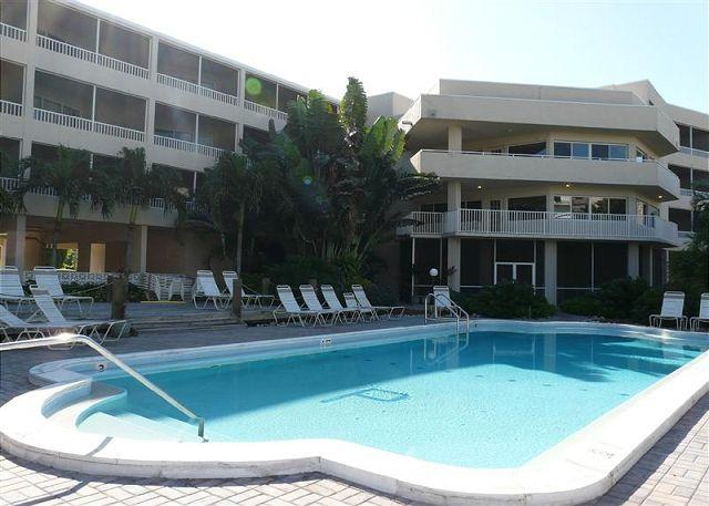 Pool - Condo with short walk to dazzling beaches and world-class shopping - Marco Island - rentals