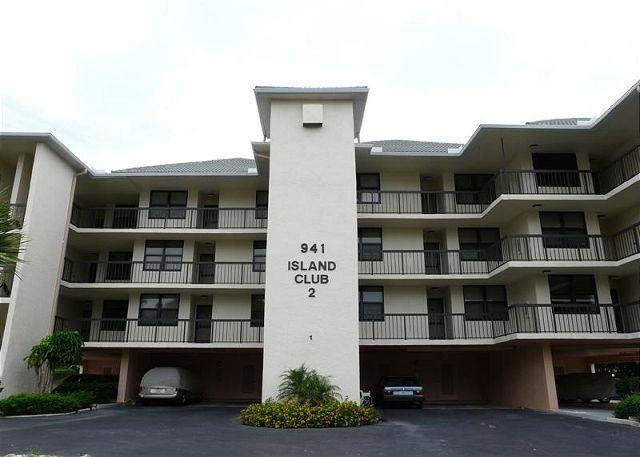 Front of Home - South end condo with heated pool, hot tub and short walk to South Beach - Marco Island - rentals