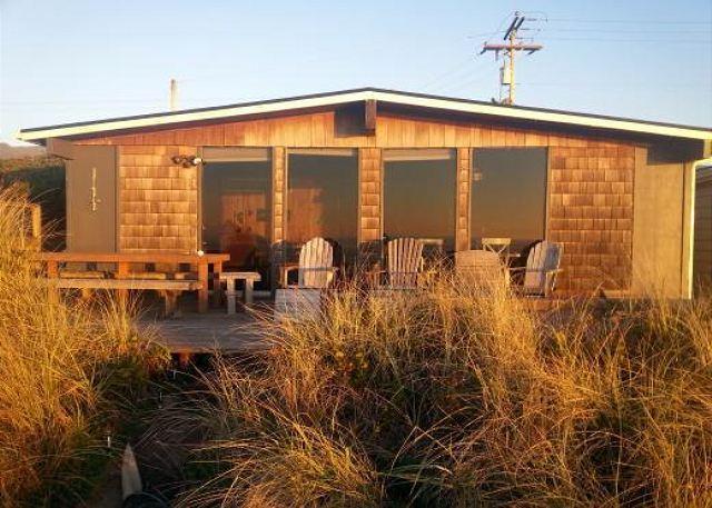 Ocean side - KNOT VERY LODGE in Rockaway OR - Rockaway Beach - rentals