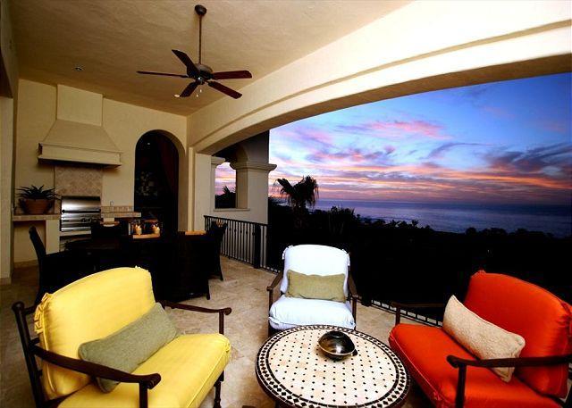 Villa Pamela - 3BD/3.5BA Ocean View Condo Sleeps 8 Pool/Jacuzzi, in Esperanza - Image 1 - Cabo San Lucas - rentals