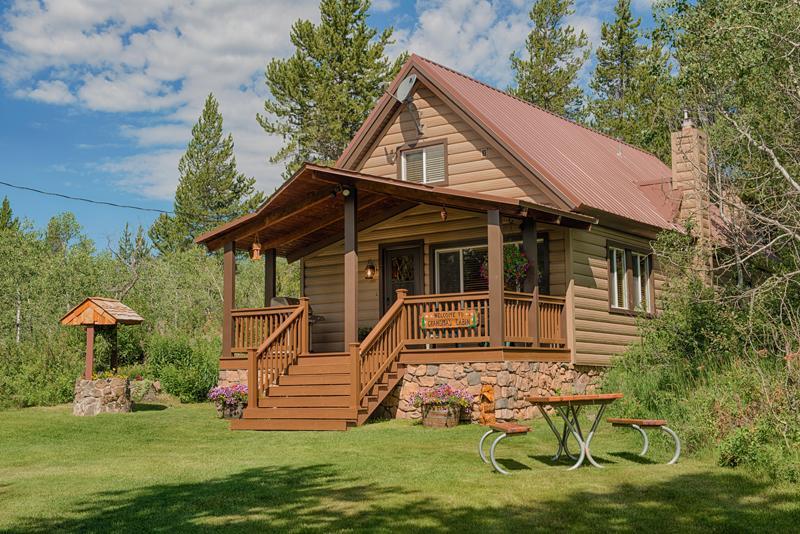 Grandma's Cabin near Yellowstone National Park - Grandma's Cabin Yellowstone Vacation Rental - Island Park - rentals