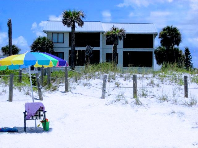 The Anna Maria Island Beach Sands is the bottom left condo. This is also our private beach access - Anna Maria Island Beach Sands (April Special) - Anna Maria Island - rentals