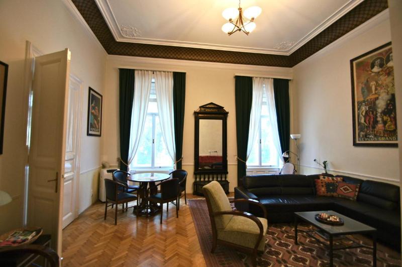 Apartment Max - Apt. Max - Mitteleuropean Luxury, CRUISE SPECIALS - Budapest - rentals