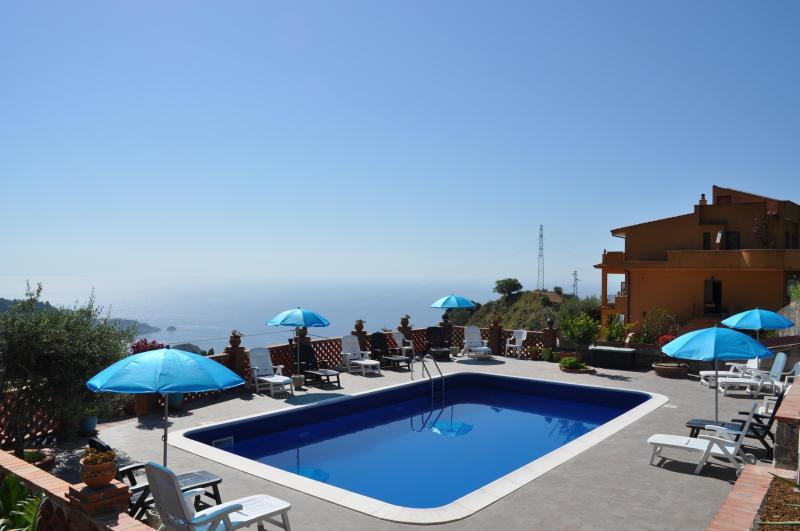 Swimming pool - The Lemon Tree Apartments - Taormina - rentals