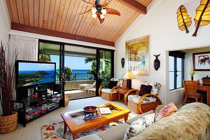 Ocean Front Prime 2 Bedroom Deluxe Condo Unit 03 - Image 1 - Lahaina - rentals