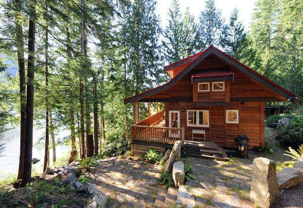 The Cabin at Moon Dance - The Cabin at Moon Dance -Waterfront Private Luxury - Madeira Park - rentals