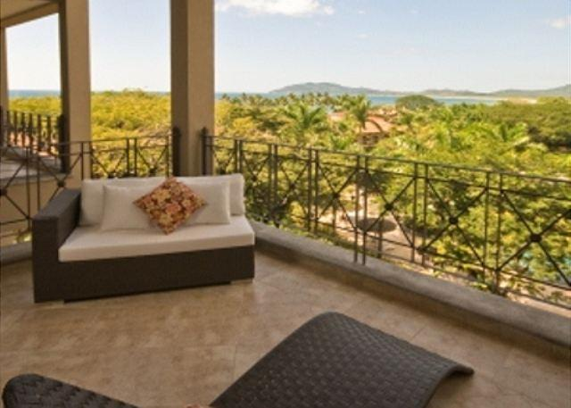 Balcony - Picturesque oceanview condo- near beach and town, kitchen, cable, internet - Tamarindo - rentals