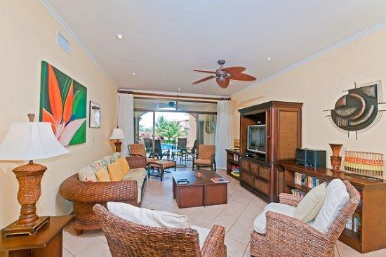 Amazing Family Vacation Condo with Private Stairs to the Pool - Image 1 - Tamarindo - rentals
