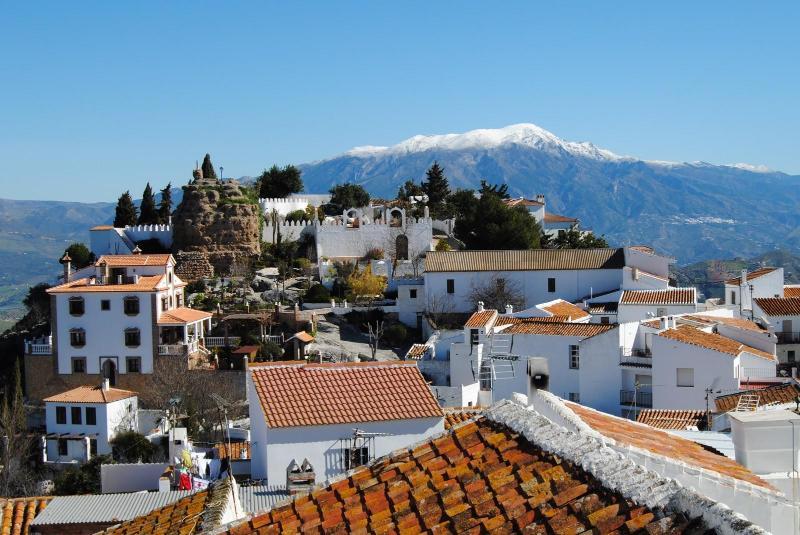 Comares village - Casa Jose Village house for 8 .Beautiful area - Comares - rentals