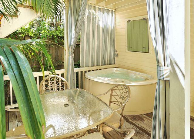 """Private Hot Tub and Patio - """"HERON HIDEAWAY"""" - Secluded 'Old Town' Condo w/ Pvt Hot Tub. Sleeps 4 - Key West - rentals"""