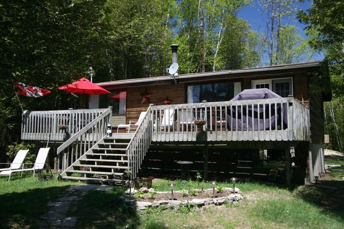 Unwind Inn cottage (#573) - Image 1 - Sauble Beach - rentals