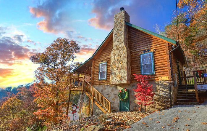 Serendipity - Front - Fall Colors - SERENDIPITY- Luxury 2/2- Gorgeous Mountain Views! - Pigeon Forge - rentals