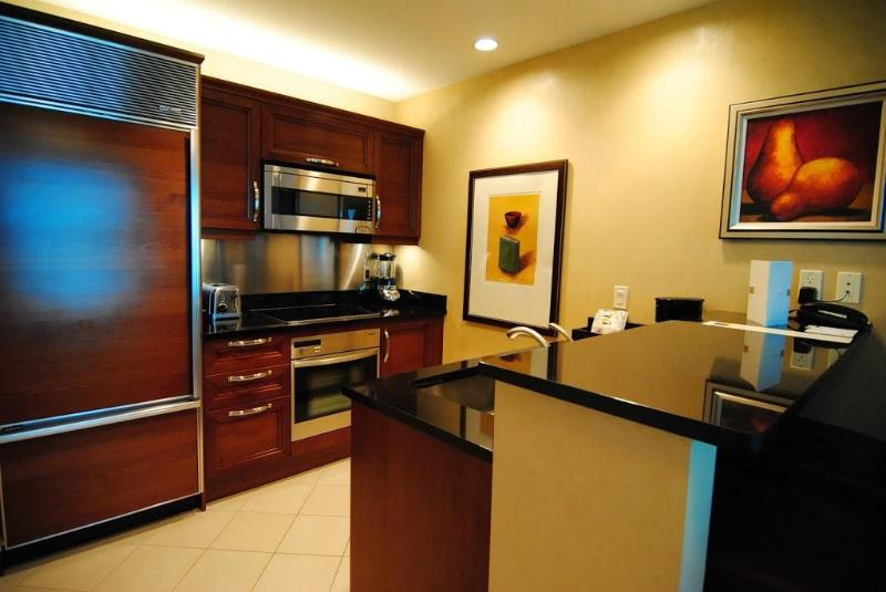 Kitchen - The Signature MGM Tower 1 Penthouse 1 BDR Corner - Las Vegas - rentals
