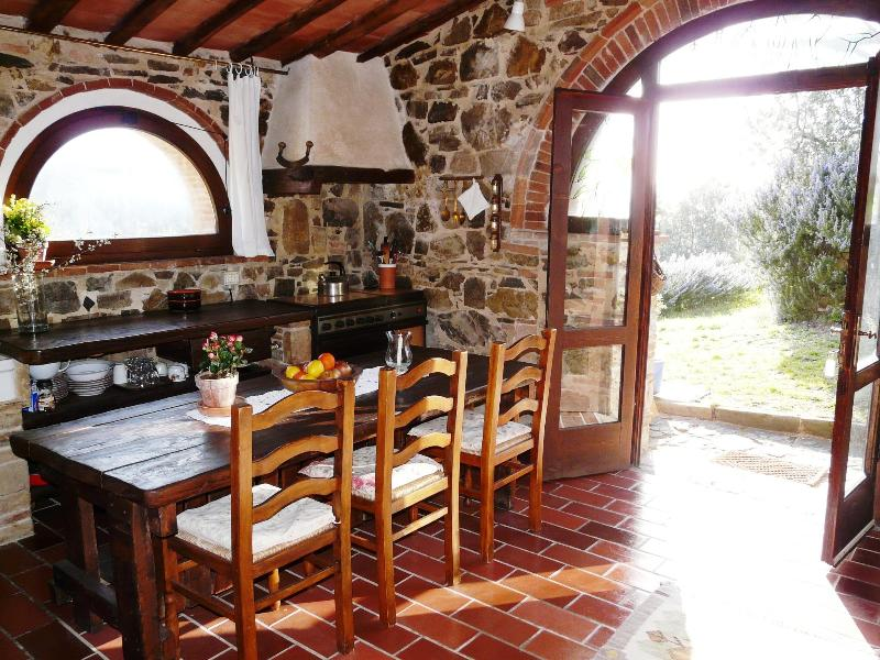 Tinaia entrance & dining table - Podere Patrignone - a Tuscan cottage with views - Castellina In Chianti - rentals