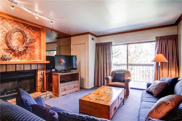 PARK STATION 234 A (1BR) Near Town Lift! - Image 1 - Park City - rentals