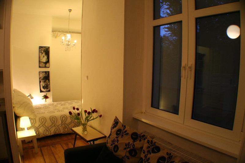 Apartment Rental at Artflat 16 in Kreuzberg, Berlin - Image 1 - Berlin - rentals